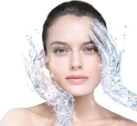 فواید نوشیدن آب تصفیه شده در زیبایی و سلامت بدن