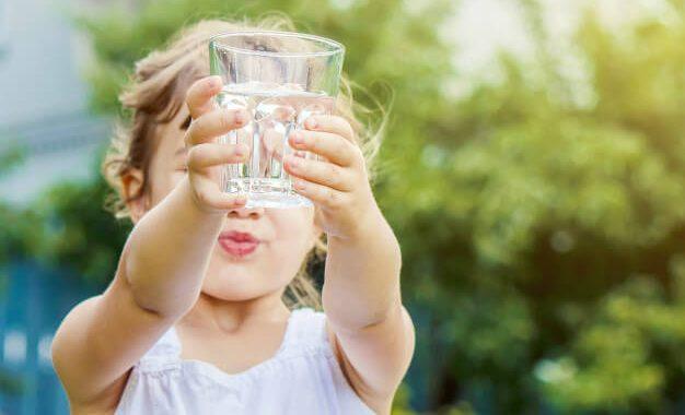 آیا فلوراید در آب شهری برای کودکان مضر است؟
