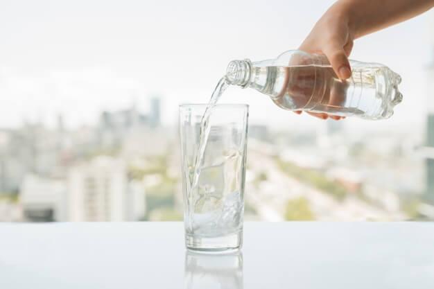 آب معدنی | معایب آب معدنی | فواید دستگاه تصفیه آب نسبت به آب معدنی