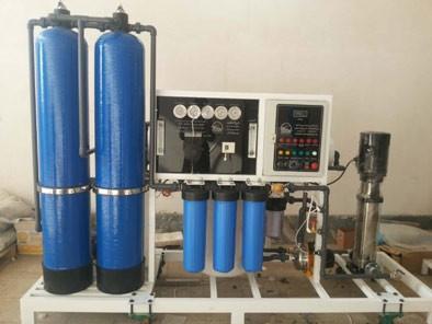 دستگاه تصفیه آب نیمه صنعتی 600 گالنی سافت واتر